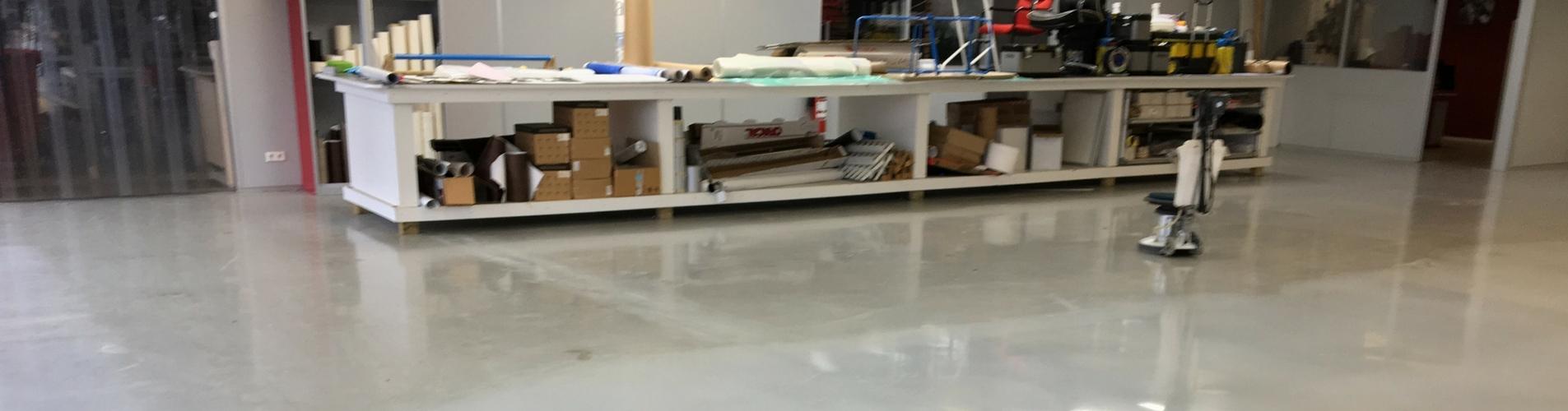 ATS-Schoonmaak-kunststofvloer-onderhoud